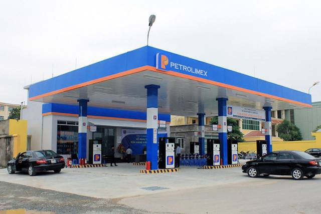 """Lợi nhuận """"ông lớn xăng dầu"""" Petrolimex giảm gần 1.200 tỷ đồng - 1"""
