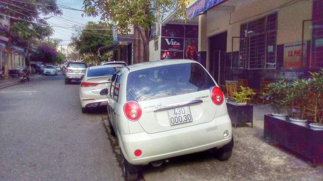 Đà Nẵng sẽ có những bãi đỗ xe lắp ghép để khắc phục tình trạng xe đậu trên vỉa hè, lòng đường