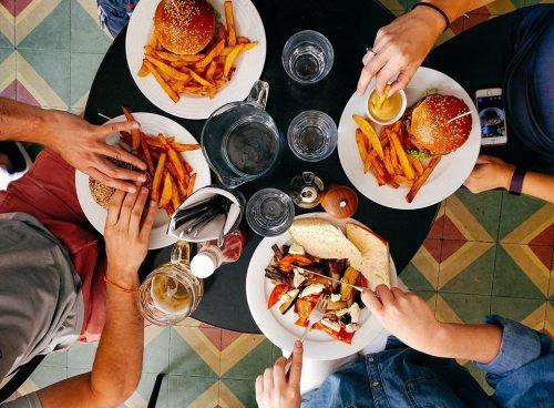 10 cách để ăn bất cứ thứ gì bạn muốn mà không sợ tăng cân - 1