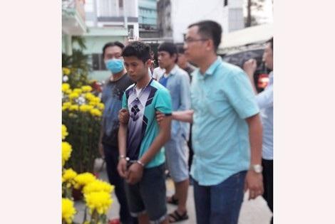 Hung thủ Nguyễn Hữu Tình được di lý từ Long An về TP Hồ Chí Minh điều tra, xử lý.