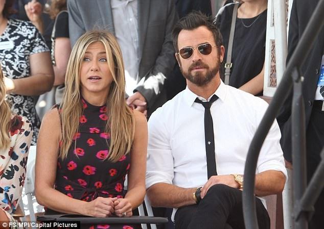 Hình ảnh vợ chồng Jen - Justin khi còn hạnh phúc