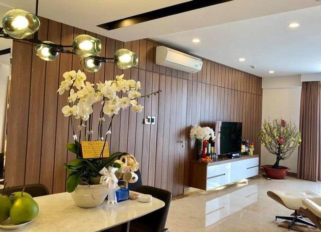 Bạn gái Cường Đô La sống trong căn hộ loại sang tại TP.HCM. Mặc dù diện tích không thực sự quá lớn nhưng nội thất trong nhà đều là những đồ đắt giá.