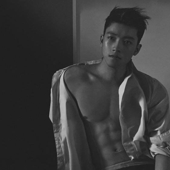 Ngoại hình chuẩn người mẫu của Chris Khoa