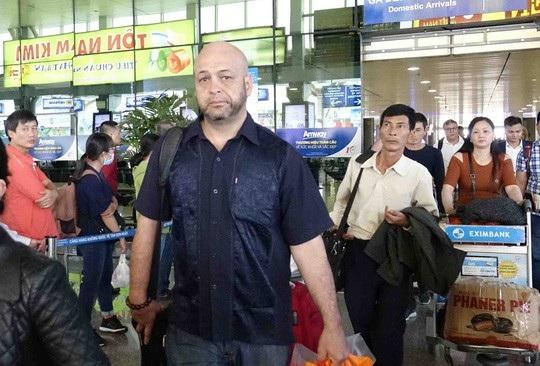 Cao thủ Flores không tìm được đối thủ nào để giao lưu võ thuật trong chuyến sang Việt Nam lần này