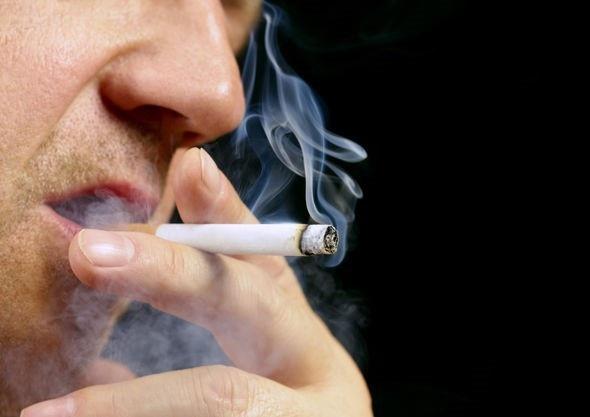 Bỏ thuốc lá sẽ giúp bạn chấm dứt ngủ ngáy.