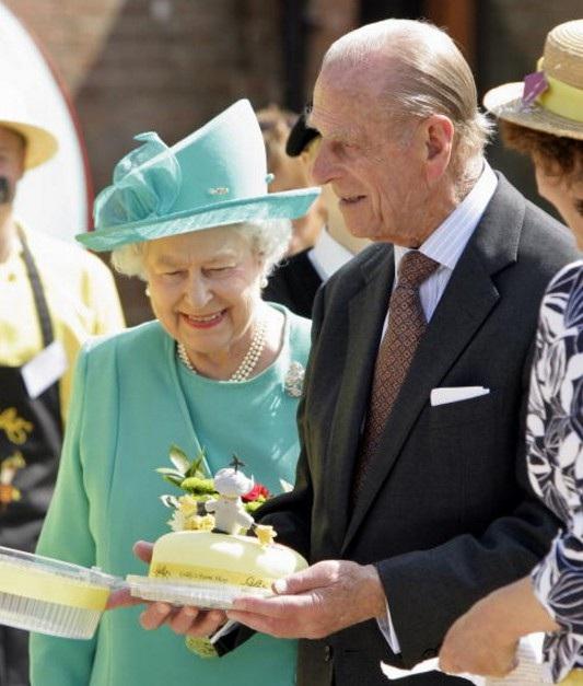 Khám phá chế độ ăn một ngày bình thường của nữ hoàng Anh - 5