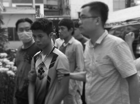 Sau 27 giờ truy xét, các đơn vị chức năng đã bắt được hung thủ Nguyễn Hữu Tình.