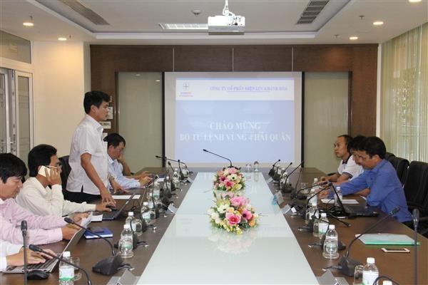 Bộ Tư lệnh Vùng 4 làm việc với PC Khánh Hòa để đảm bảo nguồn điện cung cấp liên tục cho căn cứ quân sự Cam Ranh