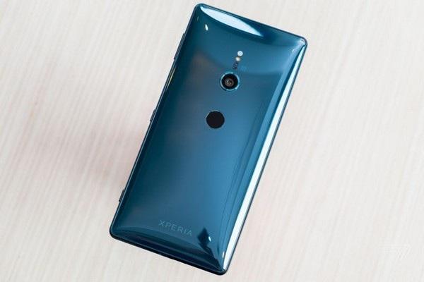 Sony ra smartphone cao cấp với thiết kế hoàn toàn mới tại MWC 2018 - 3