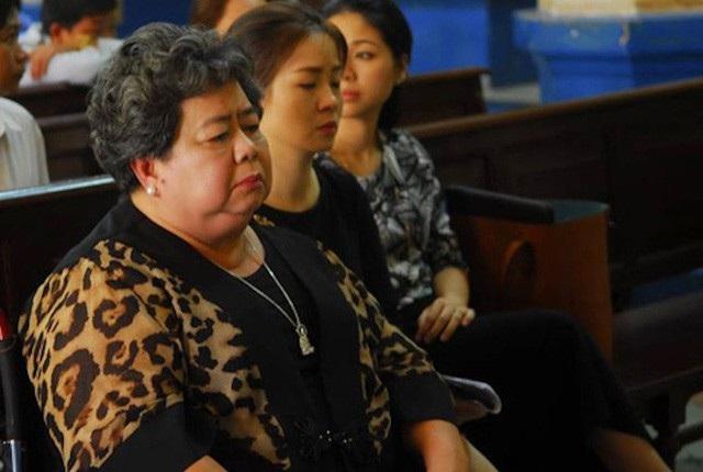 Hứa Thị Phấn bị cáo buộc chiếm 12.000 tỉ đồng.