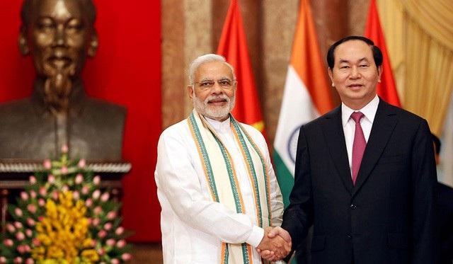 Thủ tướng Ấn Độ Narendra Modi và Chủ tịch nước Trần Đại Quang trong chuyến thăm chính thức Việt Nam năm 2016 (Ảnh: Reuters)