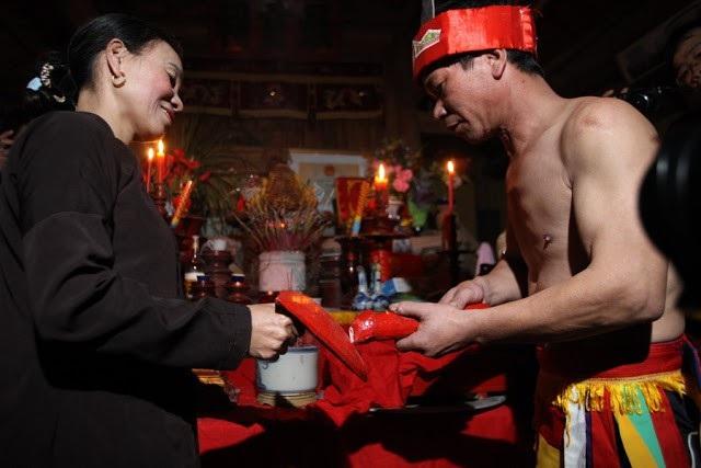 Lễ hội Linh tinh tình phộc ở Phú Thọ. Ảnh: TL.