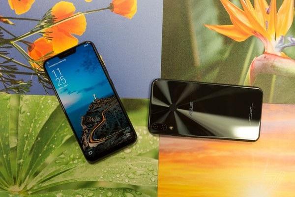Zenfone 5Z có thiết kế bị đánh giá khá giống iPhone X