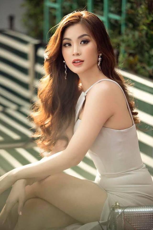 """Cảm ơn chị BTV Thúy Hằng đã chỉ dẫn Diễm Trang rất nhiều, sửa từng chút một cho Trang để Trang có thể tiến bộ từng ngày"""", Diễm Trang nói. Công việc MC cũng không phải là thử thách quá mới với Diễm Trang, cô từng dẫn dắt nhiều sự kiện giải trí quan trọng cùng các chương trình truyền hình như """"Sáng phương Nam"""", Văn hóa và những người bạn, Hoa tay, Valentine Ruby Fashion Show,… của VTV, HTV,…"""