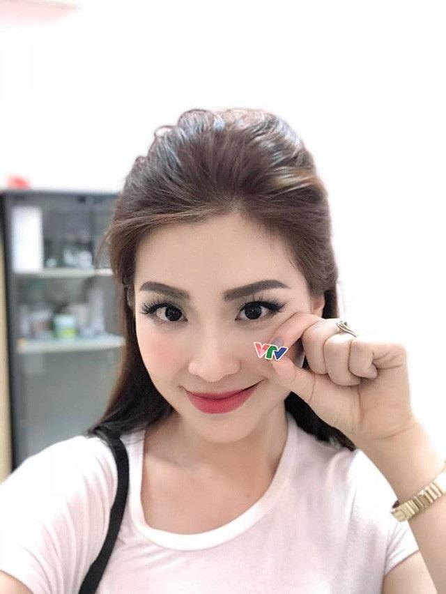 Sau một khoảng thời gian dài tập trung chăm lo cho gia đình và chỉ xuất hiện trong một số sự kiện showbiz, Á hậu Diễm Trang đã chính thức tái xuất với vai trò mới ở VTV.