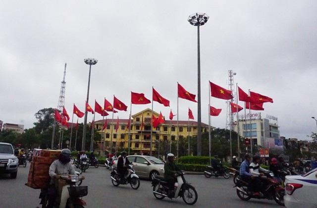 TP.Huế rực rỡ cờ hoa trong ngày kỉ niệm 50 năm tổng tiến công và nổi dậy Xuân Mậu Thân