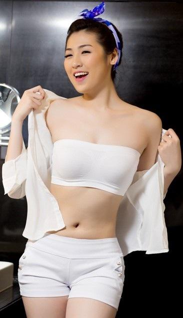 Soi nhan sắc gợi cảm dàn mỹ nhân Hoa hậu Việt Nam mới lên sóng VTV - 20