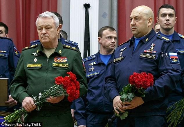 """""""Biển người"""" Nga tiễn đưa anh hùng phi công Su-25 - 6"""
