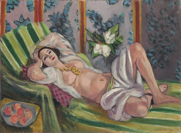 """Bức """"Cung nữ và hoa mộc lan"""" của Matisse có giá ước đạt 50 triệu USD (tương đương 1.140 tỷ đồng). Tổng giá trị các bức tranh được đem rao bán trong tháng 5 tới có thể cán mốc 1 tỷ USD (gần 23.000 tỷ đồng)."""