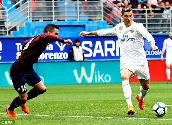 C.Ronaldo mở tỷ số trận đấu ở hiệp 1