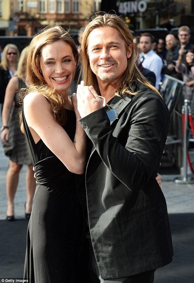 Brad Pitt và Angelina Jolie đã hò hẹn 10 năm và có 2 năm vợ chồng trước khi quyết định chia tay.