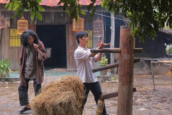 Phim do Dustin Nguyễn đóng vai trò đạo diễn và diễn viên thứ chính dù không đạt danh thu cao nhất nhưng được đánh giá cao về chất lượng.