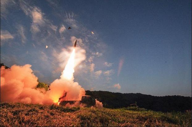 Sau vụ thử hạt nhân của Triều Tiên năm 2017, quân đội Hàn Quốc đã công bố hình ảnh của tên lửa đạn đạo Hyunmoo-2. (Ảnh: Getty)