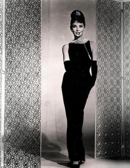 Chiếc váy mà Givenchy thiết kế cho Audrey Hepburn đã đi vào lịch sử