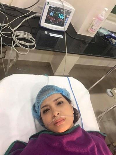 Trước đó 2 tháng, Thúy Hạnh cũng nhập viện để cắt bỏ tử cung...