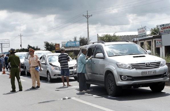 Việc không giữ khoảng cách an toàn với xe phía trước luôn tiềm ẩn những tai nạn liên hoàn như thế này.