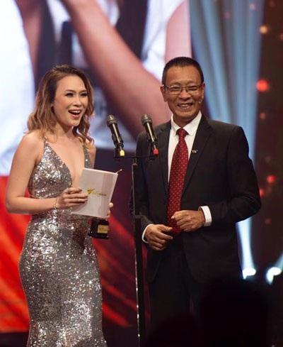 Sau nhiều năm quay lưng, Mỹ Tâm trở lại với tiết mục biểu diễn hứa hẹn bất ngờ. Cô cũng là ứng cử nặng ký tại nhiều hạng mục đề cử. Nhà báo Lại Văn Sâm là MC của Lễ trao giải.