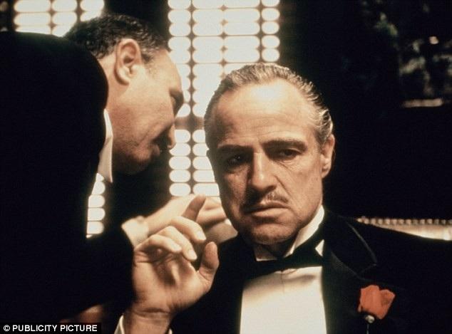 """Nhà chức trách ở Luxembourg đã không chấp thuận để một chuỗi nhà hàng lấy cảm hứng từ loạt phim điện ảnh """"Bố già"""" sử dụng cái tên """"La Mafia"""" bởi lo ngại rằng cái tên này sẽ khiến công chúng cảm thấy bị sốc."""