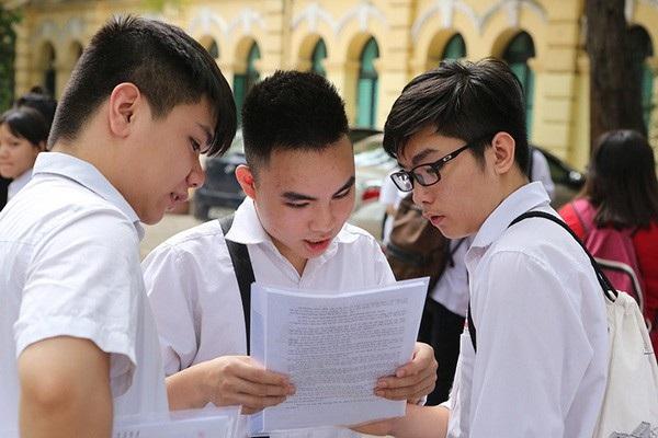 Thí sinh dự thi THPT quốc gia tại Hà Nội