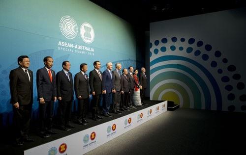Lãnh đạo các nước ASEAN và Australia chứng kiến lễ ký biên bản ghi nhớ chống khủng bố quốc tế