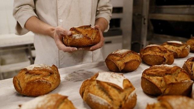 Ở vùng Aube của Pháp, các tiệm bánh chỉ được phép mở cửa tối đa 6/7 ngày trong tuần. Anh minh họa: The Local France