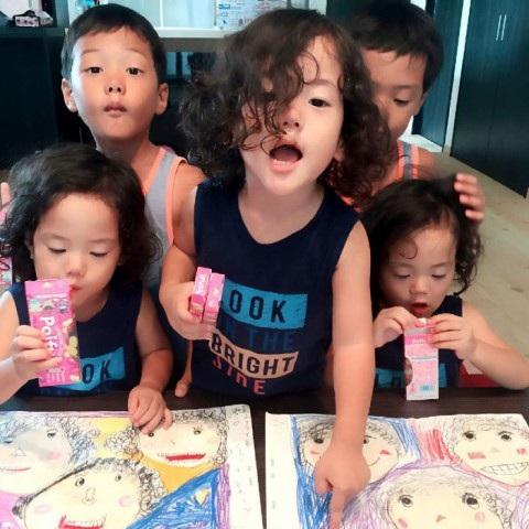 Bộ ảnh dễ thương của bà mẹ 5 con hot nhất Nhật Bản - 23