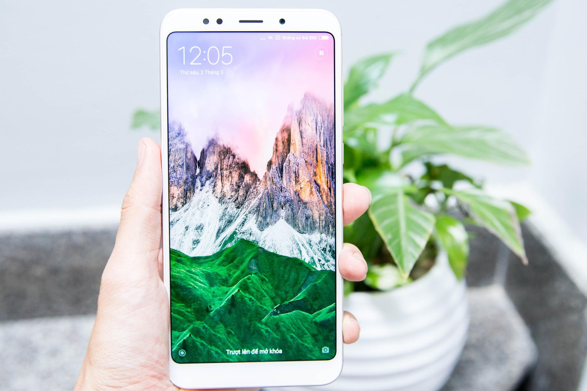 Redmi 5 Plus là mẫu smartphone giá rẻ được độc giả Dân trí yêu thích nhất - Ảnh 2.