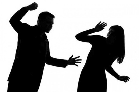 Nhật ký của người phụ nữ 6 năm bị chồng bạo hành - 2