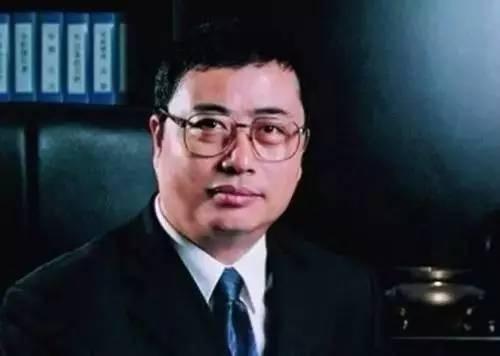 Chân dung tỷ phú Trần Tiên Bảo – nhà sáng lập của thương hiệu hạt dưa QiaQia