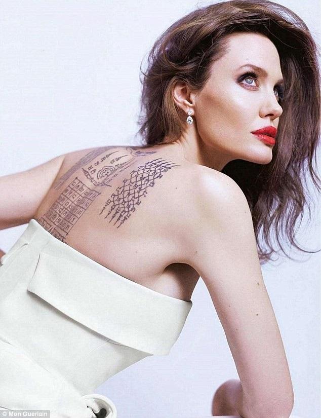 Angelina Jolie quyến rũ trong bộ ảnh quảng cáo mỹ phẩm mới