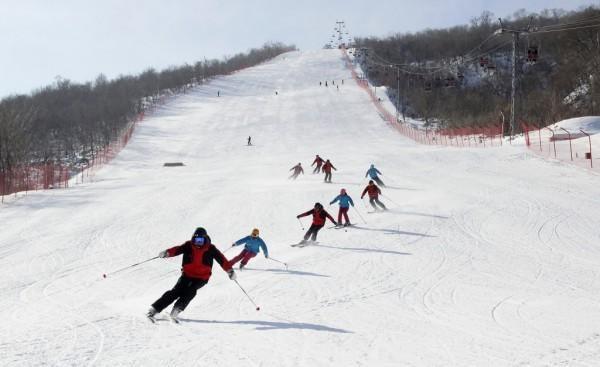 Hình ảnh vui chơi du lịch của người dân vừa được đăng tải trên trang web chính thức của Văn phòng đại diện du lịch Triều Tiên