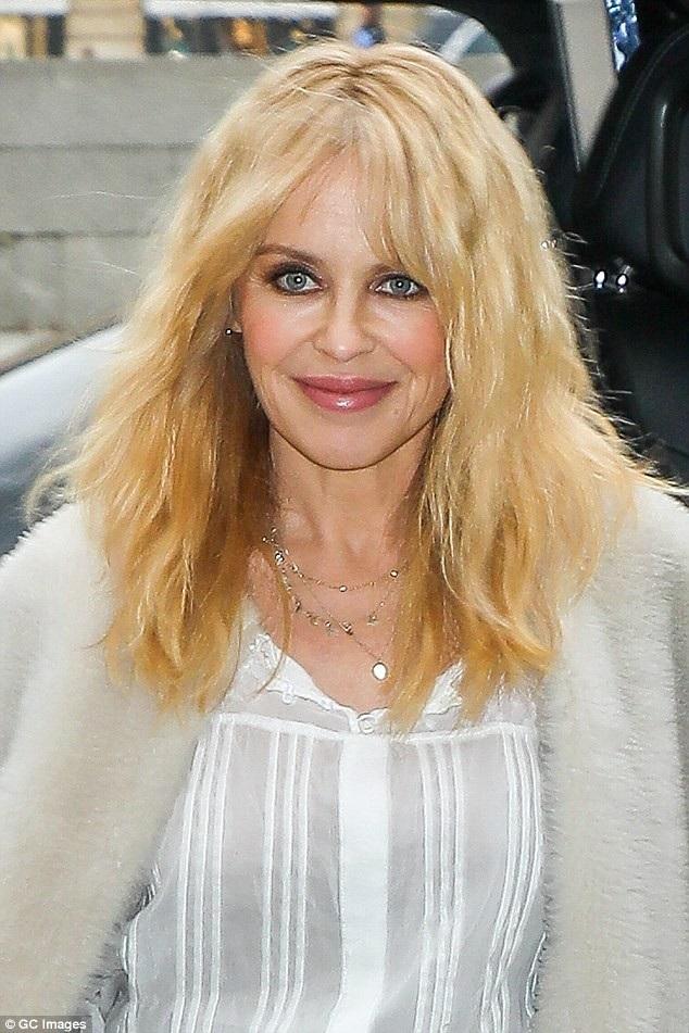 Tháng 5 năm nay, Kylie sẽ bước sang tuổi 50.