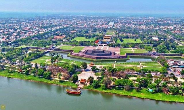 Huế với vị trí phong thủy tốt được các vua Nguyễn chọn làm kinh đô xưa kia
