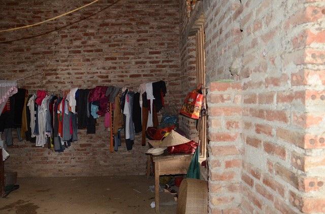 Căn nhà trống huếch, được địa phương hỗ trợ phần xây dựng
