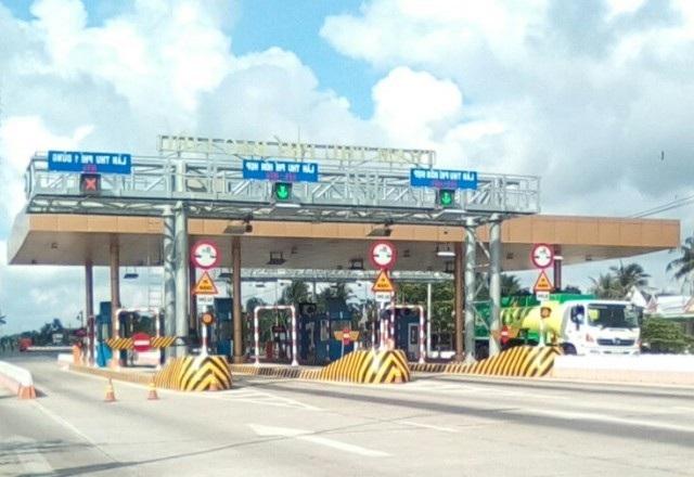 Trạm thu giá BOT Bạc Liêu nằm trên quốc lộ 1, thuộc địa bàn xã Châu Hưng A, huyện Vĩnh Lợi, tỉnh Bạc Liêu.