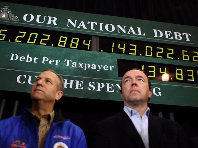 Đồng hồ đo nợ công của Mỹ tại Exeter, New Hampshire (Ảnh: AFP)