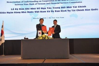 Thống đốc Lê Minh Hưng và Chủ tịch FSC Jong Ku Choi ký Bản ghi nhớ