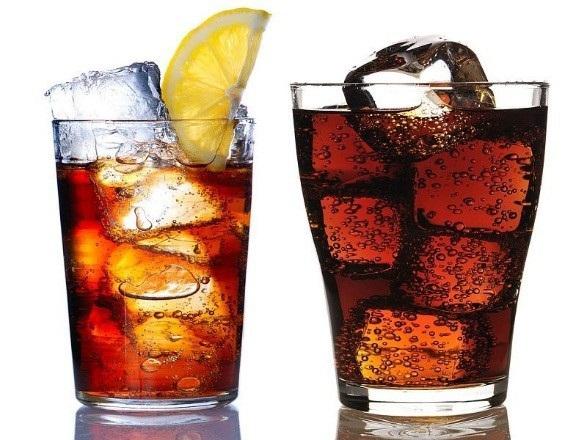 Soda có đường làm tăng nguy cơ bệnh tim - 1