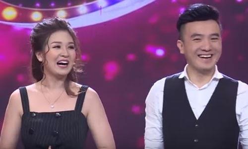 Ca sĩ Dương Ngọc Thái và vợ, ca sĩ Triệu Ái Vy.