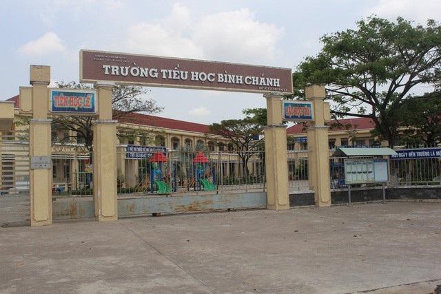 Trường Tiểu học Bình Chánh - nơi xảy ra vụ việc.